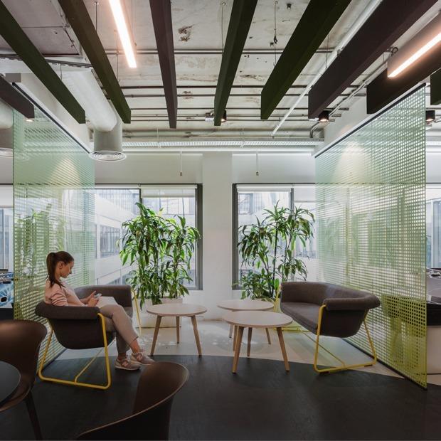 Как выглядит новый офис Lamoda — Интерьер недели на The Village