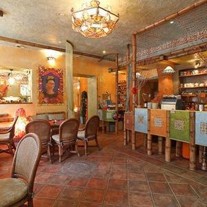 Новое место (Петербург): Вегетарианская кофейня «Фрида» — Новое место на The Village