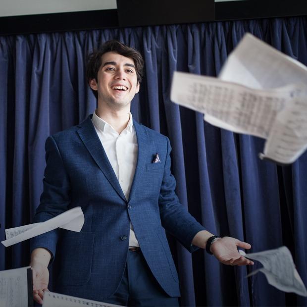 «Я пою в парижской опере, и про меня сняли фильм» — Пришёл к успеху на The Village