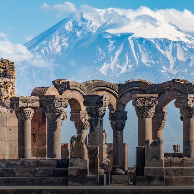 Не только Тбилиси: 5 теплых городов для поездки на майские — Финансы на The Village