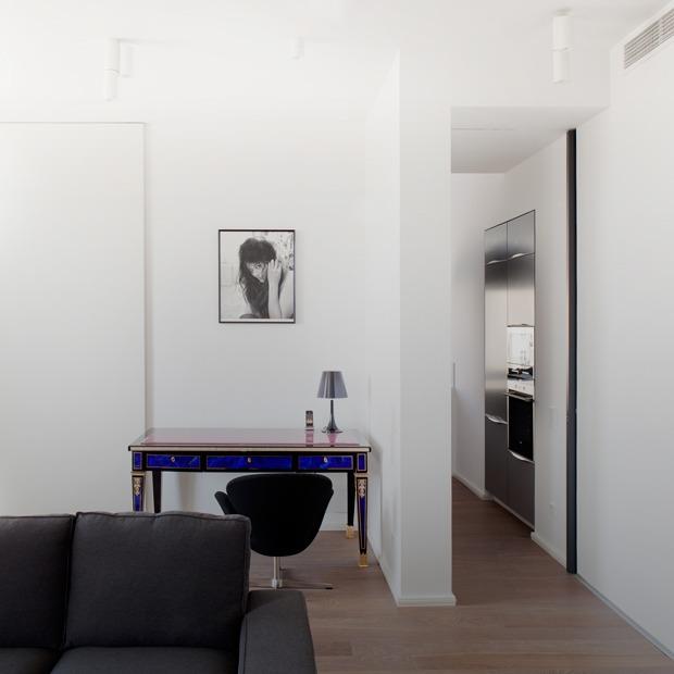 Квартира в современном стиле в доме с высокими потолками — Квартира недели на The Village
