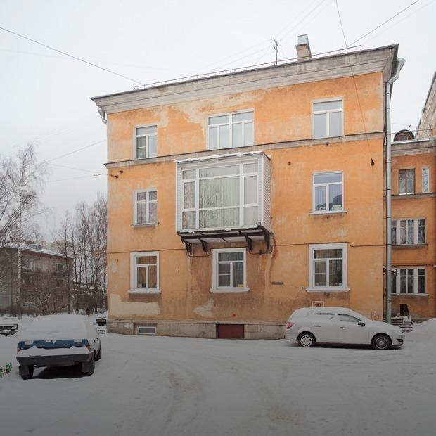 Проект «Этажи»: как жители сталинских коттеджей борются с «муравейником»
