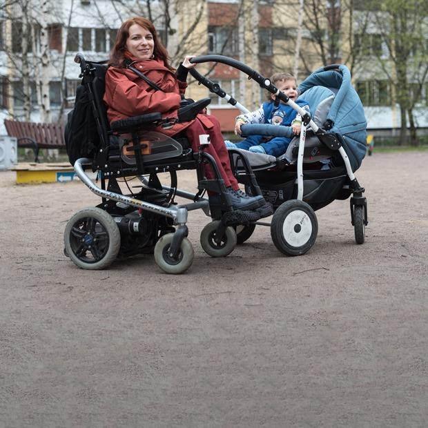 Мама на коляске: «Как я живу со спинальной амиотрофией» — Личный опыт на The Village