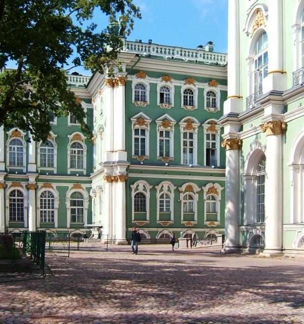 Лига наций: Французы в Петербурге — Weekend на The Village