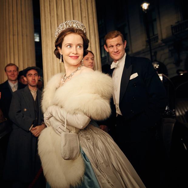 Сериал о британской королеве, истории московских домов и новая песня The xx  — Выходные дома на The Village
