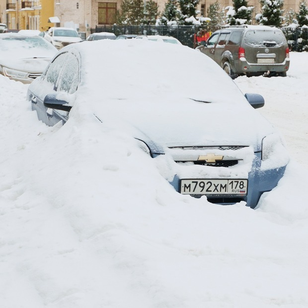 Cугробы Петербурга: Как город занесло снегом (и как его пытаются убирать) — Фоторепортаж на The Village