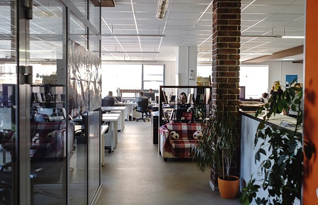Как выглядит офис компаний Morizo и E-Promo — Интерьер недели на The Village