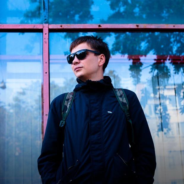 Концерт Славы КПСС, выставка Людмилы Таболиной и фестиваль BYOB  — Выходные в Петербурге на The Village