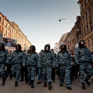 Фоторепортаж: Шествие за честные выборы в Петербурге — Фоторепортаж на The Village