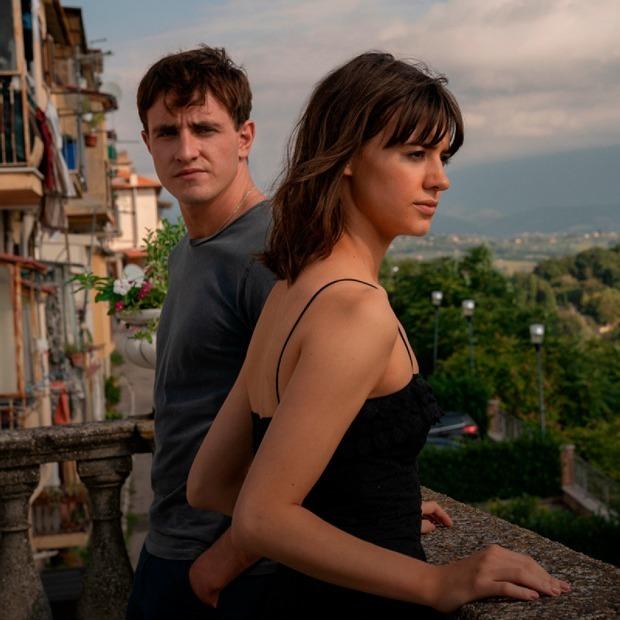 «Нормальные люди»: Что не так с экранизацией романа-бестселлера — Сериалы на The Village
