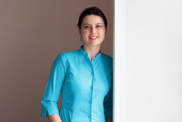 Стоматолог Татьяна Долгова — о том, зачем ходить к врачу, если ничего не болит — Что нового на The Village