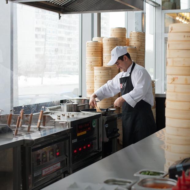 Куксу, тикка масала и фо-бо: Где искать аутентичную азиатскую еду в Москве — Гид The Village на The Village