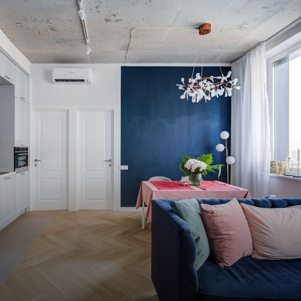 Четырехкомнатная квартира с бетонным потолком на «Технопарке» — Квартира недели на The Village