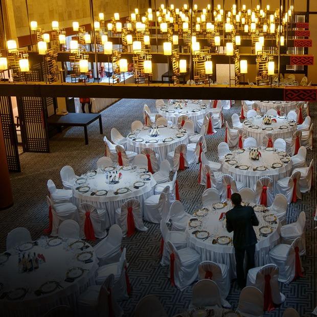 «Большой ресторан Цинь» на Васильевском острове (Петербург)  — Место на The Village