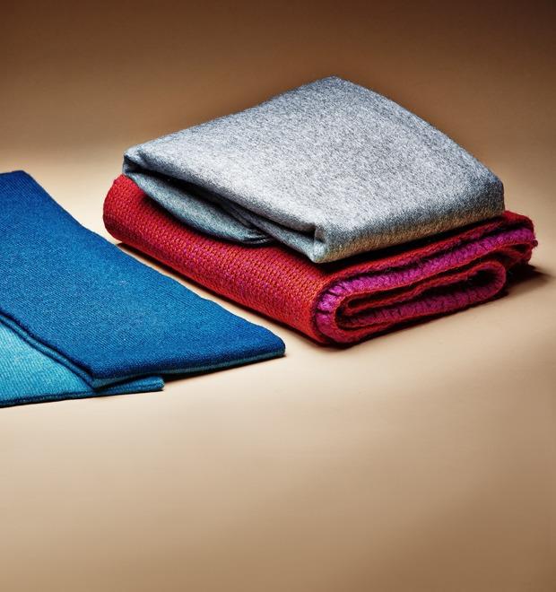 Гид по подаркам: Тёплые шарфы — Вещи недели на The Village