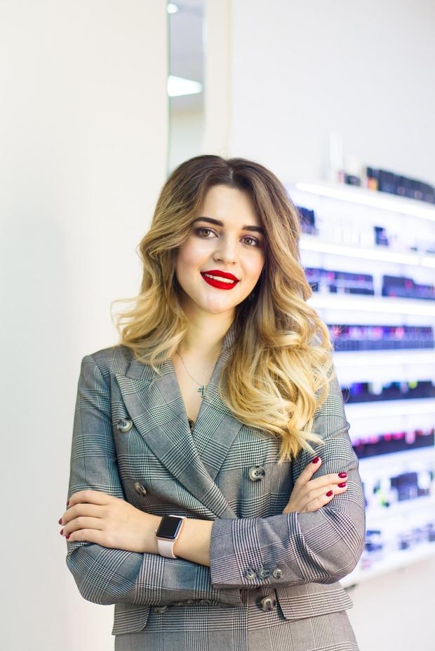 Как бывший юрист и шеф-кондитер открыла в Сочи салон красоты с ежемесячной выручкой в 2 миллиона   — Предприниматели на The Village