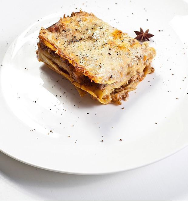 Шеф дома: Грузин и итальянец готовят по рецептам бабушек — Шеф дома на The Village