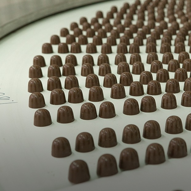 Как делают шоколад и конфеты — Производственный процесс на The Village