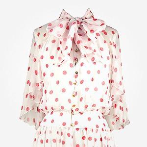 Что надеть: Свитер Raf Simons, винтажное платье Chanel и джинсы Levi's 501 — Что надеть на The Village