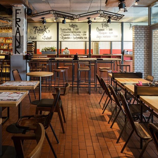 Ресторан Frank на Петроградской стороне  — Место на The Village
