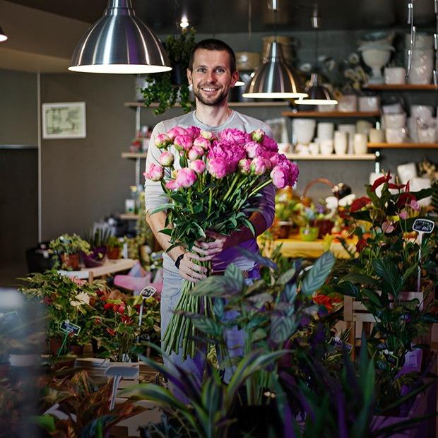 Кто и зачем продает японские цветы во Владивостоке — Предприниматели на The Village