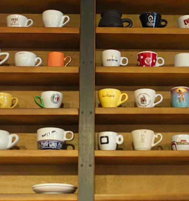 Испанский немецкий: Кафе и бары Киева — Seat на The Village
