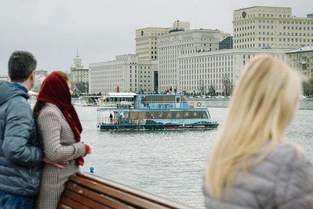 Как прошёл первый парад пассажирских теплоходов в Москве — Фоторепортаж на The Village