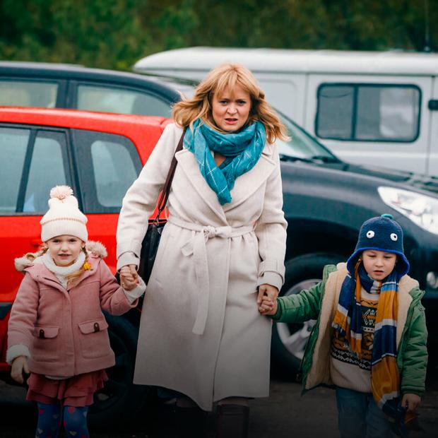 «Женщины — более ответственные люди»: Анна Пармас и Анна Михалкова — о «Давай разведемся!» — Кино на The Village