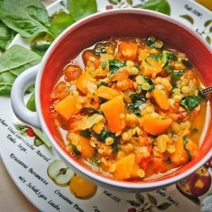 Суп из тыквы и красной чечевицы — Рецепты читателей на The Village