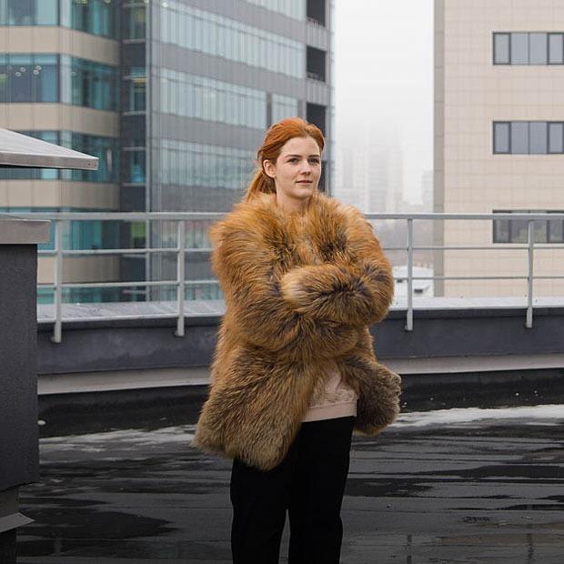 Эстер Киннеар-Дерунгс о моде на лица и уральской красоте — Индустрия на The Village