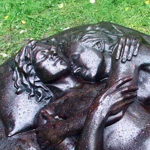 Как устроено первое в мире лесбийское кладбище
