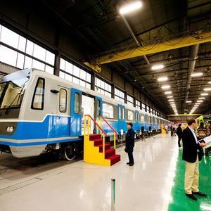 В Петербурге представили новые вагоны метро и низкопольный трамвай — Транспорт на The Village