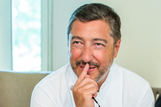 Жоан Рока: «Стол в El Celler de Can Roca нужно бронировать за год вперёд» — Интервью на The Village