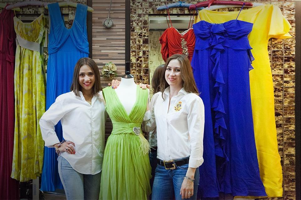 С чужого плеча: Станет ли популярным онлайн-прокат вечерних платьев RentaStyle — Эксперимент на The Village