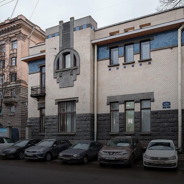 Как устроена самая красивая стоматология в России (Петербург)  — Дом, в котором на The Village