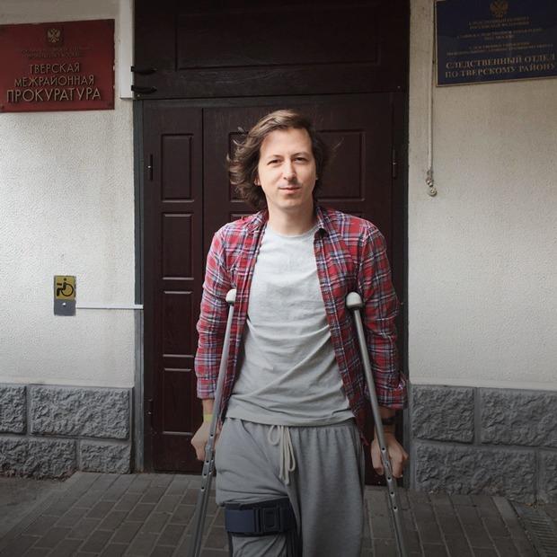 «Полицейские сломали мне ногу, когда я совершал утреннюю пробежку»