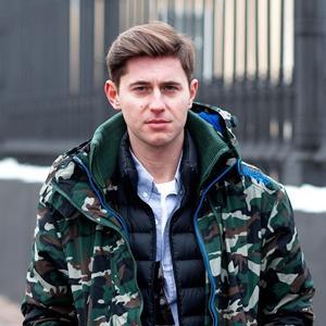 Представитель журнала Interview Алексей Городнёв — Внешний вид на The Village