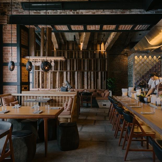 Lucky Izakaya Bar на Большой Никитской — Место на The Village