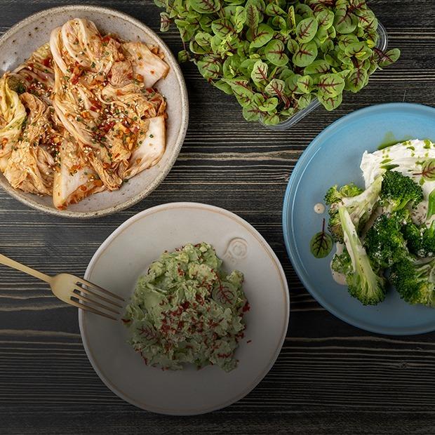 Не только капустный стейк: Рецепты из брокколи и кольраби — Рецепты шефов на The Village