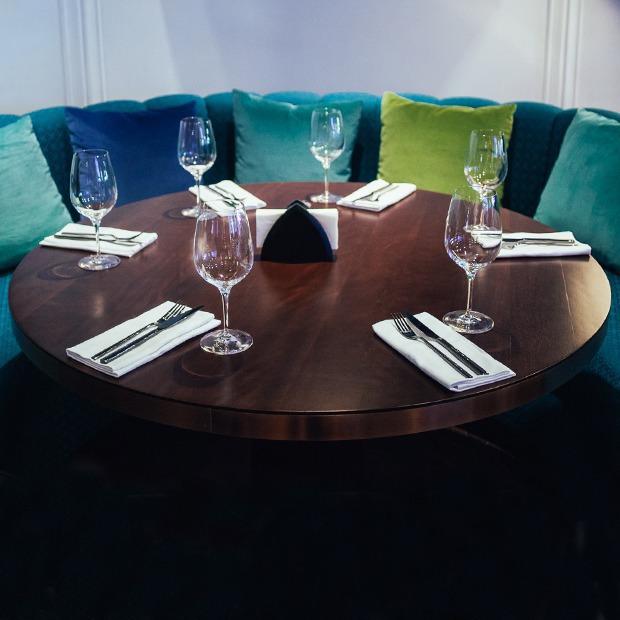 Ресторан американской кухни Tribeca — Новое место на The Village