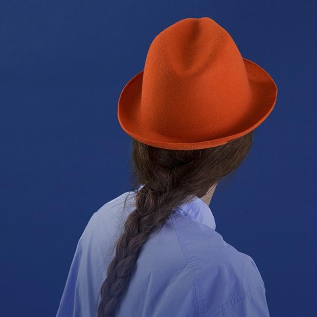 9 нарядных шляп на весну — Съёмки на The Village