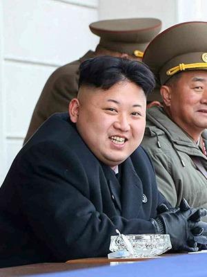 Ким продаёт: Как мировые бренды используют северокорейского лидера — Облако знаний на The Village