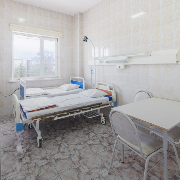 Будь здоров: Как медицина в России становится платной — Истории на The Village