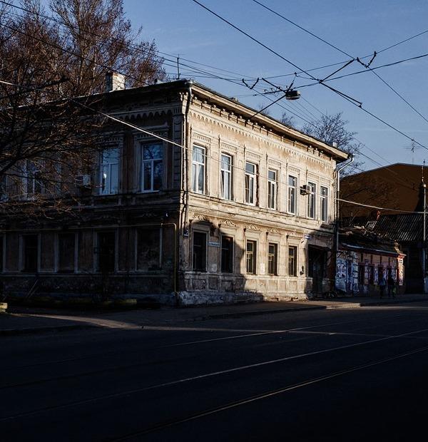 Я живу в доме с роскошной парадной на Ильинке — Где ты живёшь на The Village