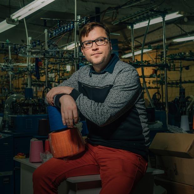 «Наша аудитория — оптимисты»: Как взлетел бренд дизайнерских носков St. Friday Socks   — Предприниматели на The Village
