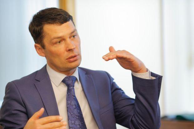 Илья Артемьев: «Мы не чиновники, но мы знаем, как с ними сотрудничать» — Интервью на The Village