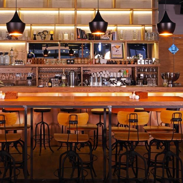 Ресторан и бар The Box