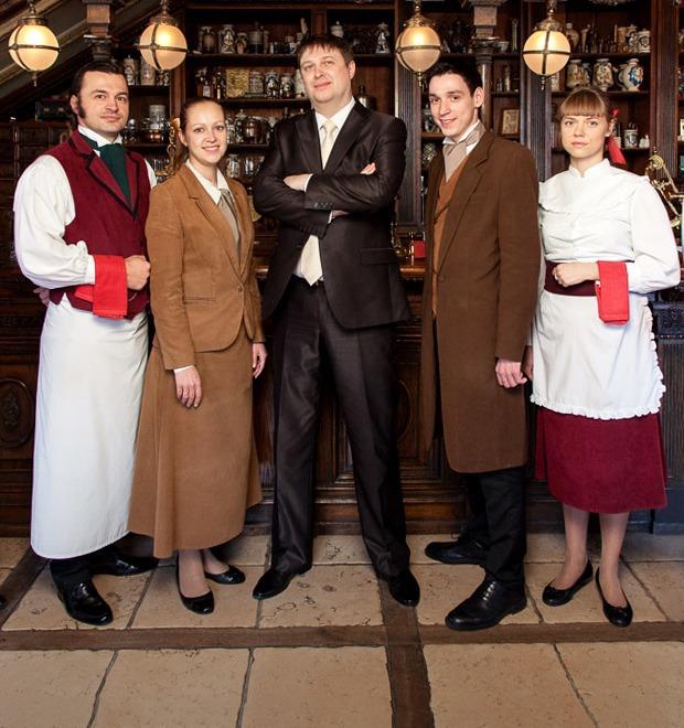 Первые лица: Как подбирают официантов в «Пушкине» — Рестораны на The Village