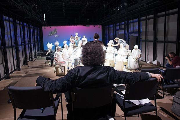Пять вечеров: Оперный сериал «Сверлийцы» в электротеатре «Станиславский» — Фоторепортаж на The Village