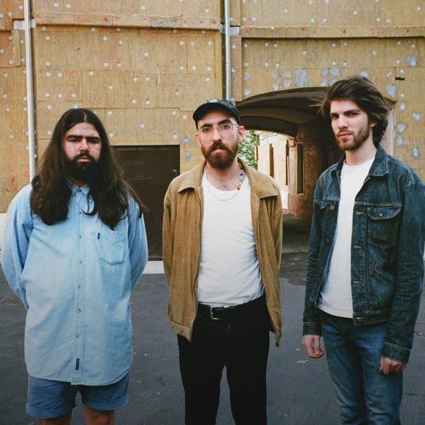 Расел из «Спасибо» и Кирилл из «Пасош» объясняют, зачем они сделали новую группу «Семинар» — Новая музыка  на The Village